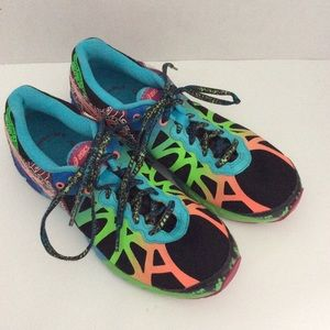 ASICS Womans Running Shoes Gel Noosa Tri 9 Size 8